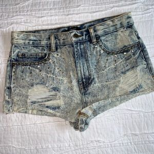 Forever 21 mid rise embellished denim shorts